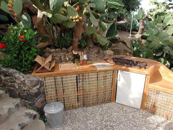 Mobili per cucina esterna design casa creativa e mobili - Cucina in muratura da esterno ...